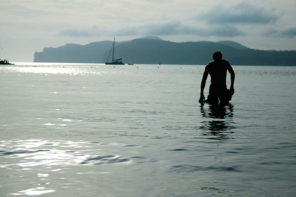 Swimming, sea