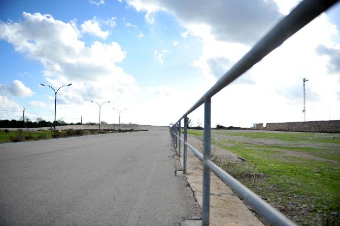 Velodromträning i Ses Salines. Utomhusvelodrom med betong i de doserade kurvorna samt asfalt under resten av varvet. Cykelträningen kommer ske här våren 2013 mellan alla cykelläger och triathlonläger.