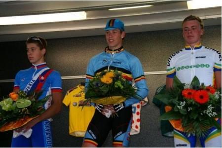 Podium, etapp 1 Niedersachen Rundfahrt. Peter Sagan, okänd belgare och jag