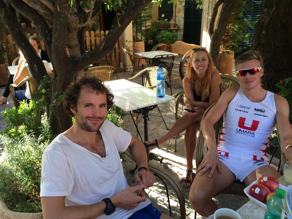 Fredrik Bäckström, Ida Carlsson och Andreas Lindén på terränglöparläger, Mallorca Training Camp